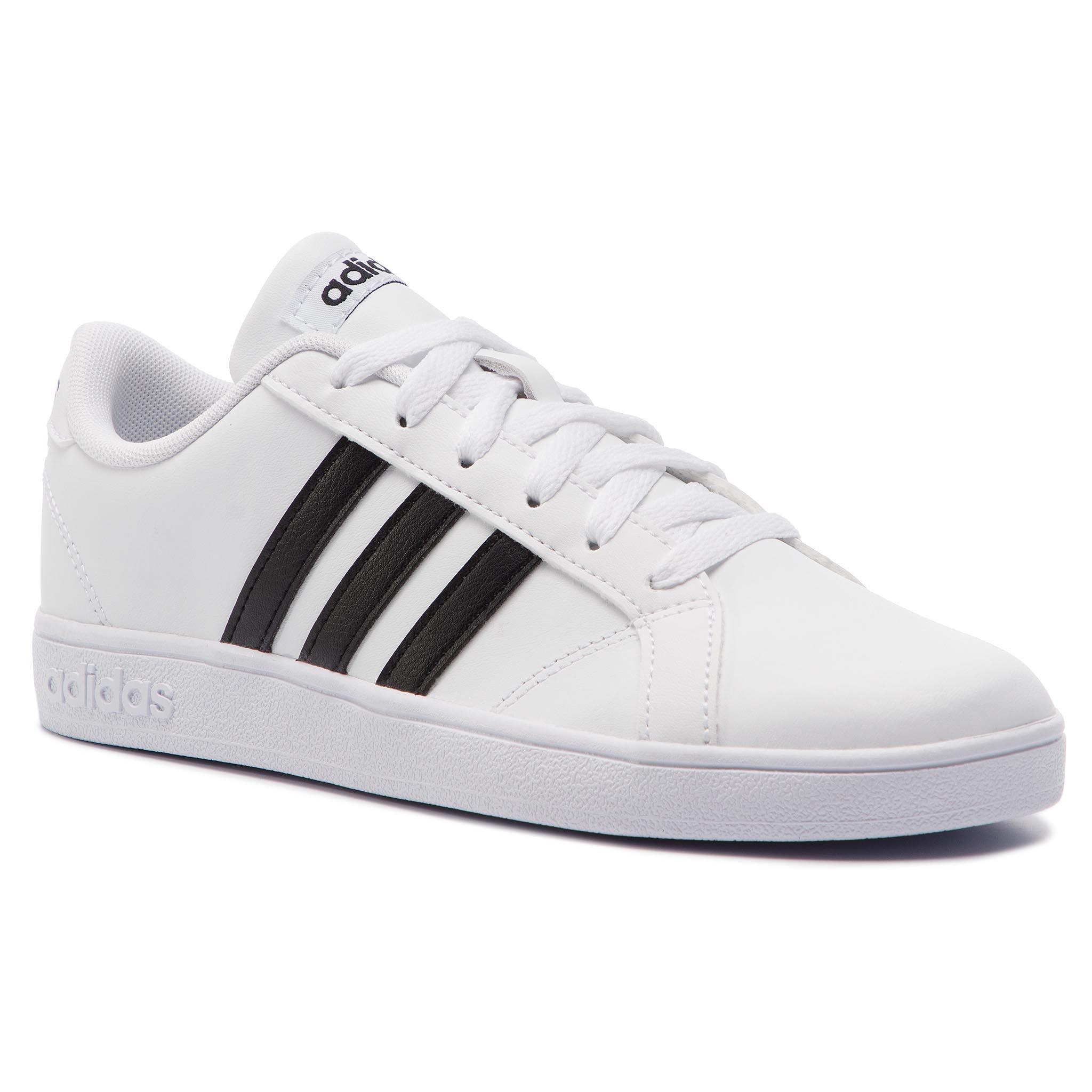 1b1f1de4cff04 Obuwie sportowe Adidas AW4299 BASELINE K Biały Dziecięce - Dziewczęce -  Sportowe - https://ccc.eu