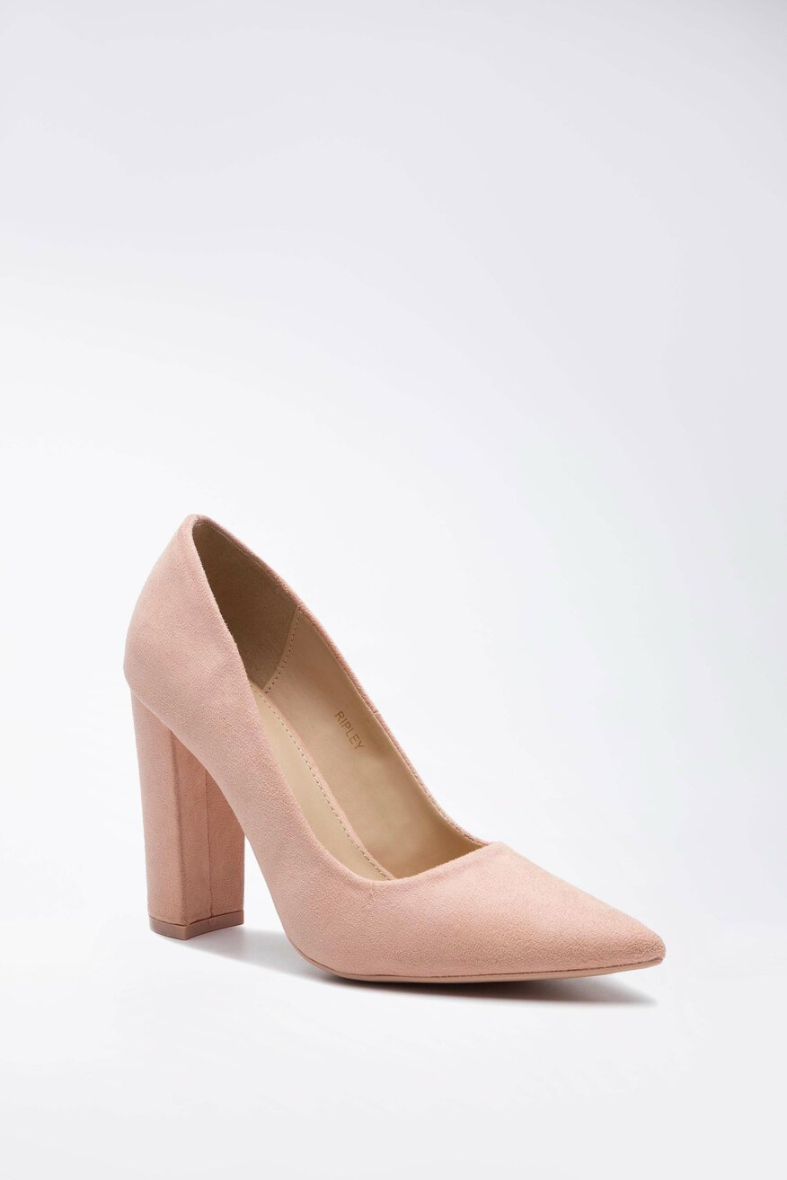 a magas sarkú cipők fogynak