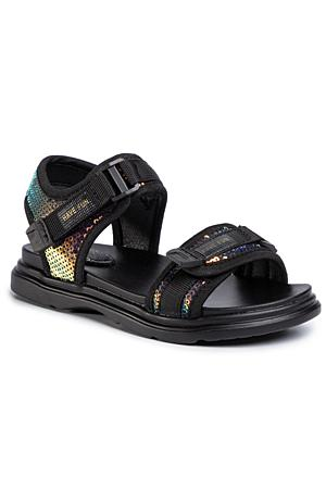 Sandaletten für Mädchen zu finden bei CCC Online ccc.eu